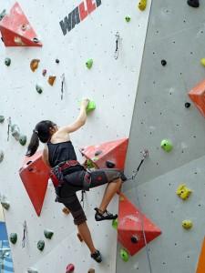 climbing-756669_1920