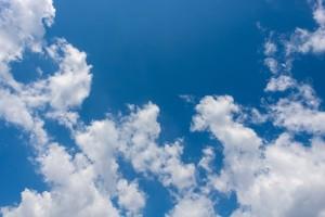 clouds-3404728_640