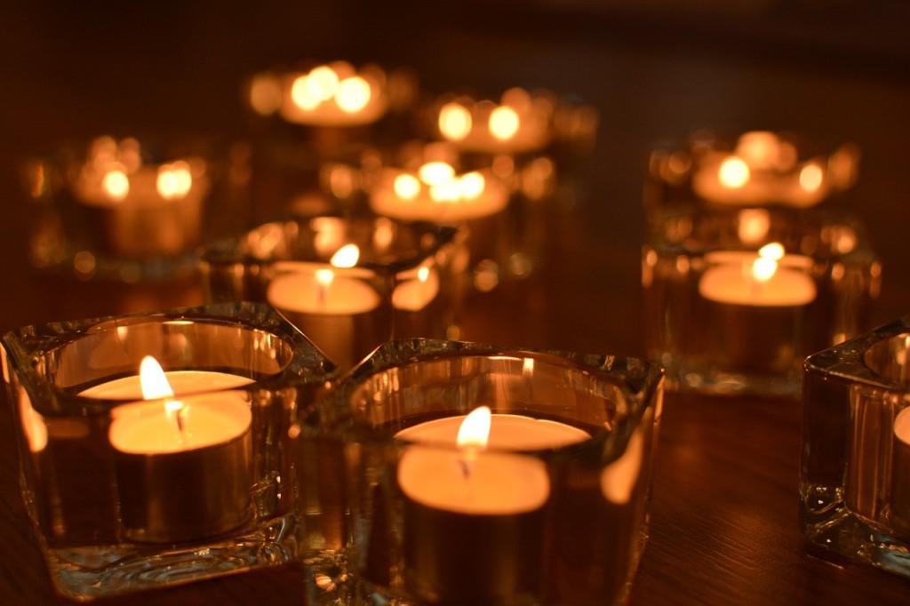 candle-1063429_1280