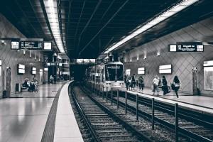 metro-3647291_640