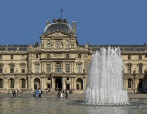 louvre-palace-85219_960_720